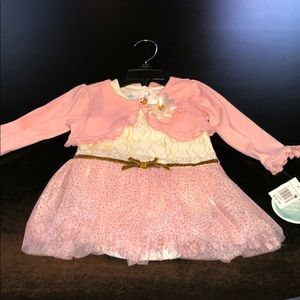 Nannette baby 6/9 month pink/white/gold outfit
